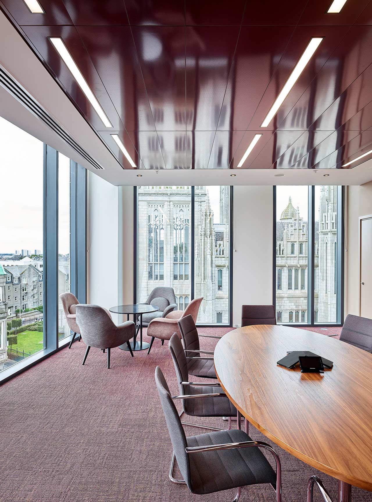 KPMG Aberdeen - Meeting Room